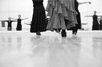 Dancers in class